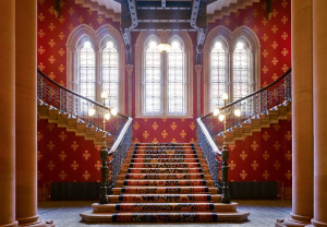 St._Pancras_Renaissance_London_Hotel_grand_staircase