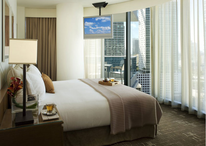 epic hotel downtown miami review the one stop blog shop. Black Bedroom Furniture Sets. Home Design Ideas